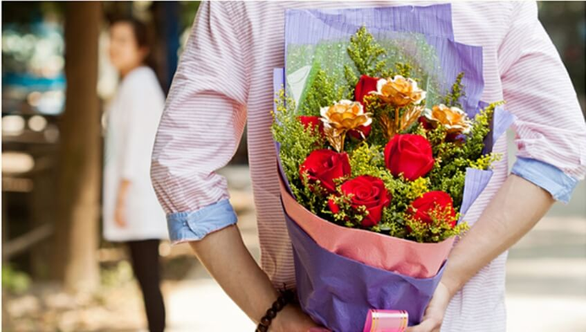 Romantic Things to Do for Your Girlfriend (cupid.com)